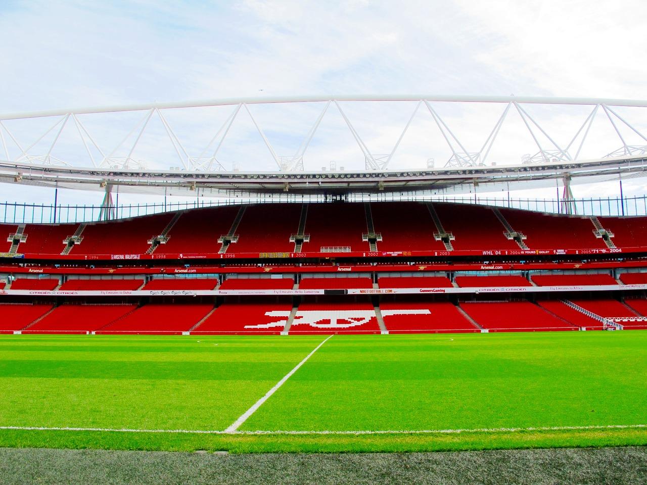 emirates-stadium-1416679_1280