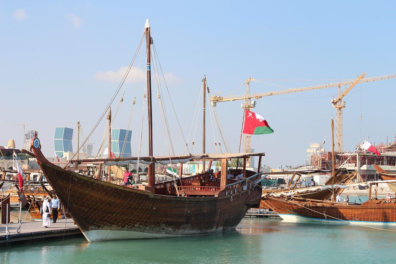 ship-436820_1280-qatar