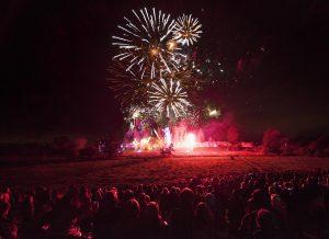kenilworth-castle-fireworks